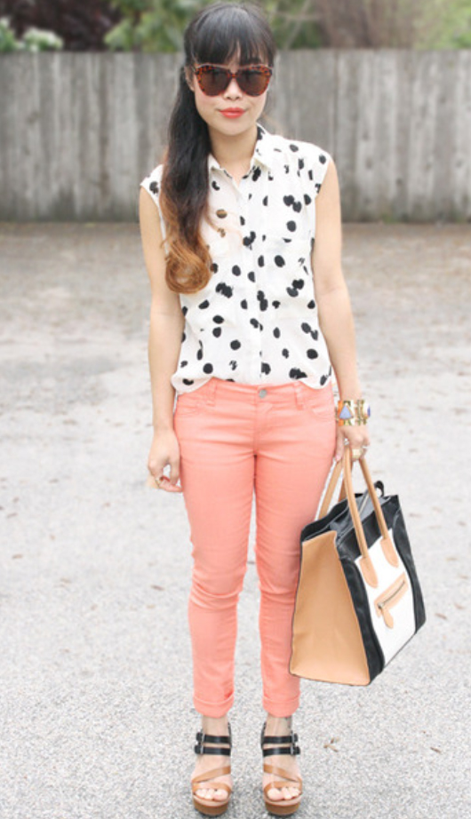 o-peach-skinny-jeans-white-top-blouse-cognac-shoe-sandalw-pony-sun-tan-bag-tote-howtowear-style-fashion-spring-summer-dot-brun-lunch.jpg