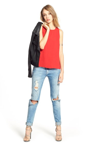blue-light-skinny-jeans-red-top-black-jacket-moto-wear-outfit-fashion-fall-winter-tan-shoe-sandalh-night-blonde-dinner.jpg