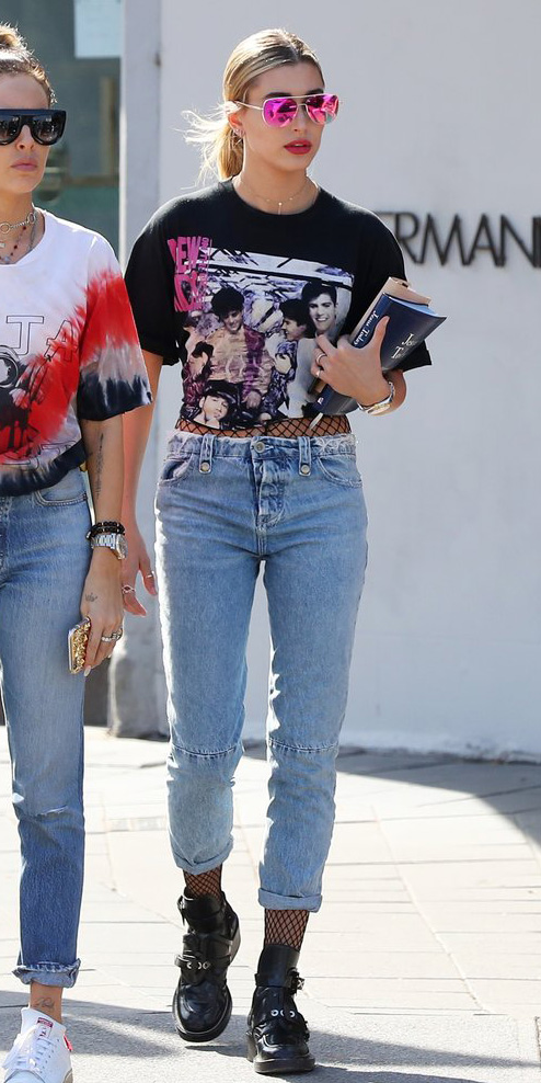blue-light-skinny-jeans-fishnet-tights-black-shoe-booties-pony-sun-layer-black-graphic-tee-spring-summer-blonde-weekend.jpg