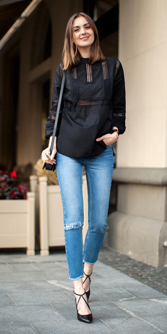 blue-light-skinny-jeans-black-top-blouse-peasant-wear-outfit-fashion-fall-winter-black-bag-black-shoe-pumps-hairr-lunch.jpg