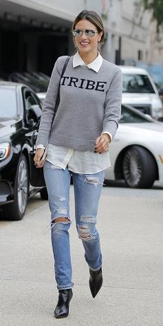 blue-light-skinny-jeans-white-collared-shirt-grayl-sweater-sweatshirt-bun-sun-black-shoe-booties-black-bag-howtowear-style-fashion-fall-winter-rip-street-brun-lunch.jpg