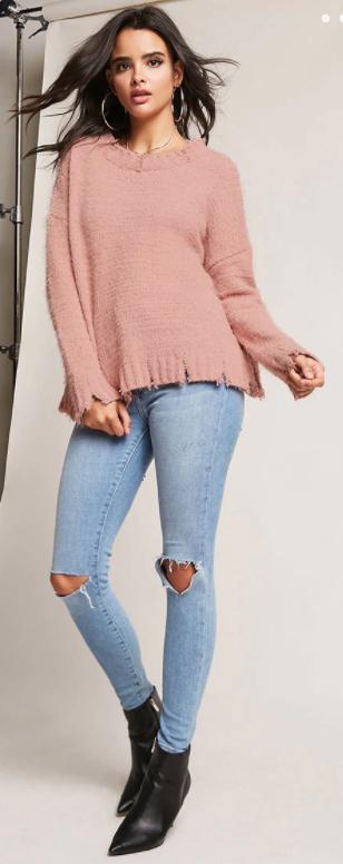 blue-light-skinny-jeans-pink-light-sweater-hoops-black-shoe-booties-howtowear-fall-winter-brun-lunch.jpg