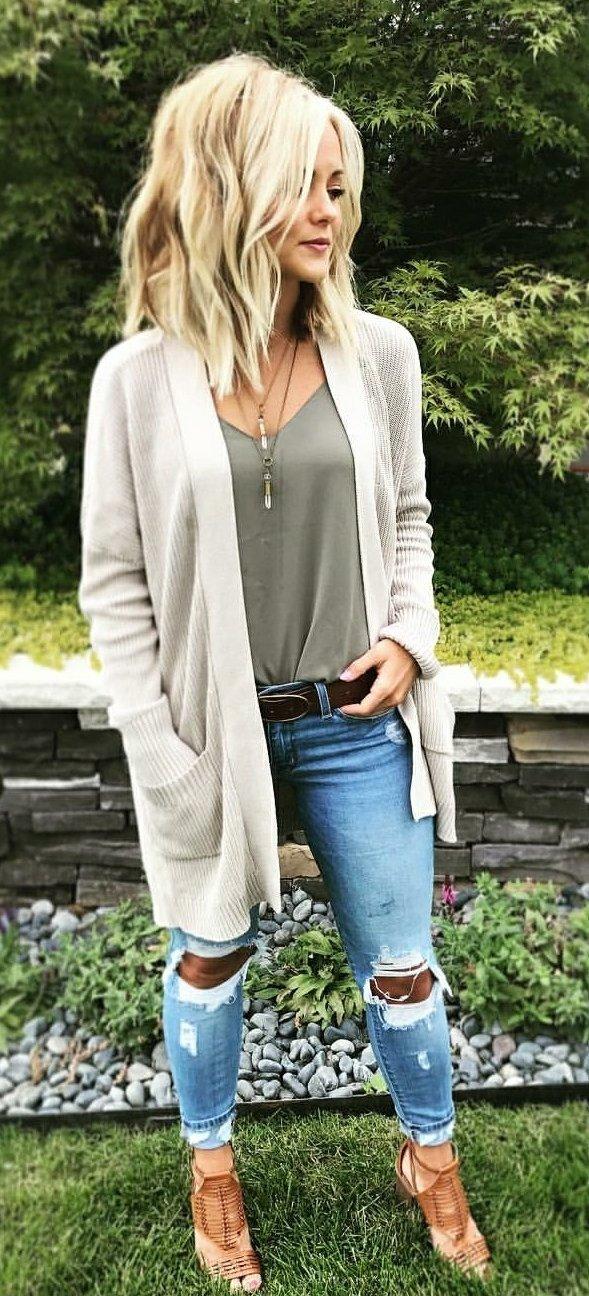 blue-light-skinny-jeans-belt-green-olive-cami-blonde-white-cardiganl-cognac-shoe-sandalh-spring-summer-weekend.jpg