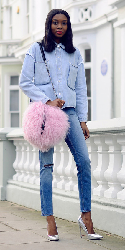how-to-style-blue-light-skinny-jeans-pink-bag-brun-blue-light-jacket-jean-gray-shoe-pumps-fall-winter-fashion-lunch.jpg