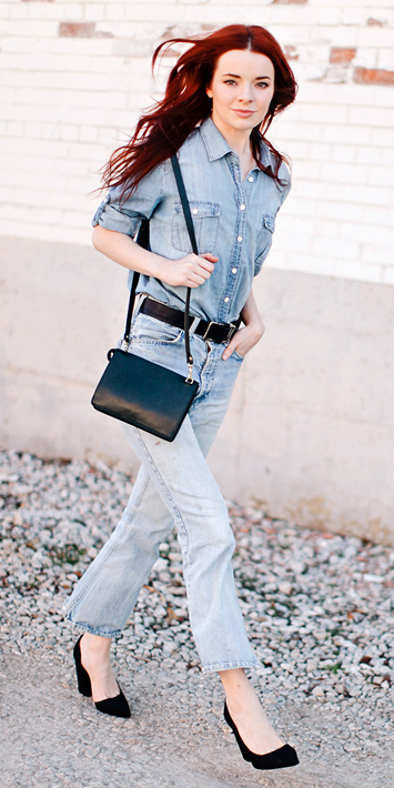 blue-light-crop-jeans-blue-light-collared-shirt-black-shoe-pumps-black-bag-howtowear-fashion-style-outfit-fall-winter-chambray-belt-hairr-lunch.jpg