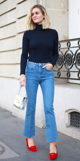 blue-light-crop-jeans-black-sweater-turtleneck-red-shoe-pumps-gray-bag-wear-fashion-style-spring-summer-blonde-dinner.jpg