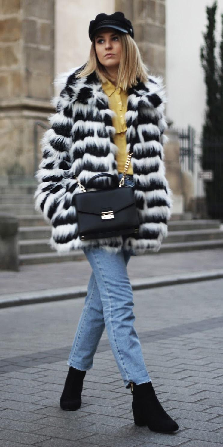 blue-light-crop-jeans-white-jacket-coat-fur-yellow-blouse-hat-blonde-black-bag-black-shoe-booties-fall-winter-lunch.jpg