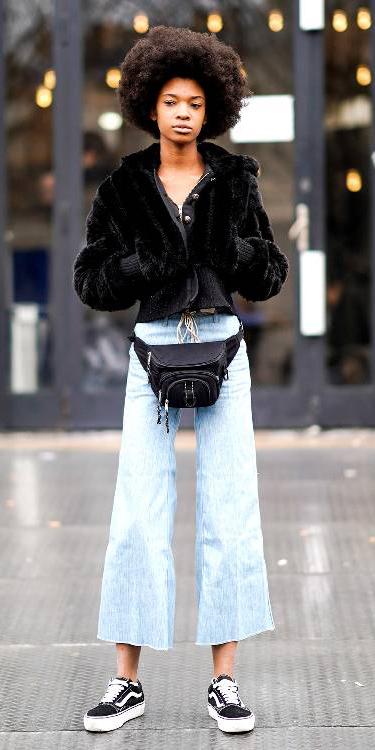 blue-light-crop-jeans-black-bag-fannypack-black-jacket-bomber-fur-brun-black-shoe-sneakers-fall-winter-weekend.jpg