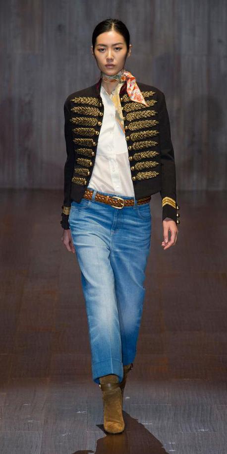 blue-light-crop-jeans-white-collared-shirt-black-jacket-military-orange-scarf-neck-belt-tan-shoe-booties-bun-wear-fashion-style-fall-winter-brunette-lunch.jpg