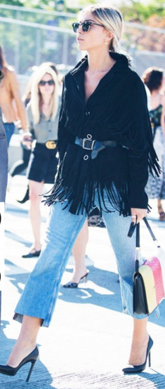 blue-light-crop-jeans-black-jacket-coat-fringe-sun-pony-black-shoe-pumps-white-bag-howtowear-fashion-style-spring-summer-belt-blonde-dinner.jpg