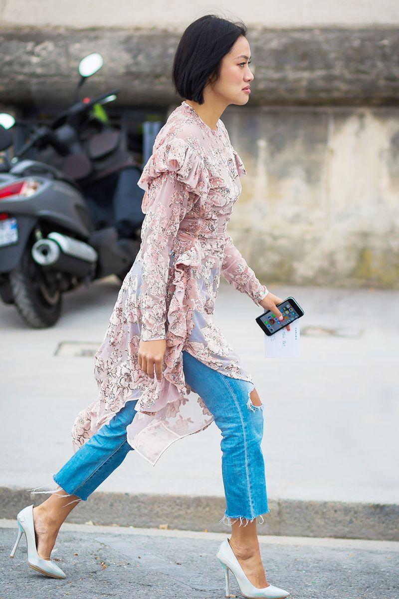 blue-med-crop-jeans-pink-light-dress-layer-sheer-bob-brun-white-shoe-pumps-floral-print-ruffle-spring-summer-dinner.jpg
