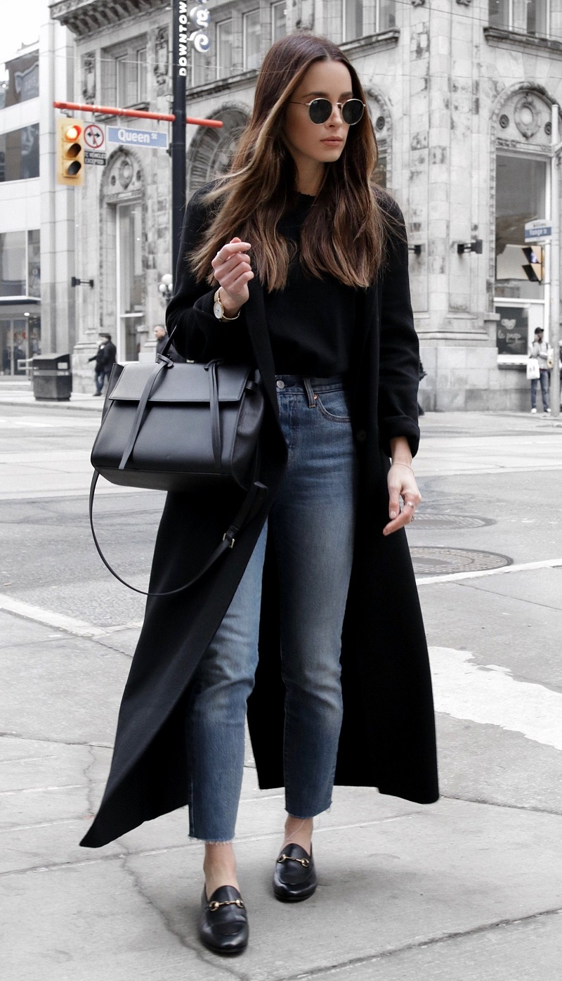 blue-med-crop-jeans-black-jacket-coat-black-bag-black-shoe-loafers-sun-brun-fall-winter-weekend.jpg
