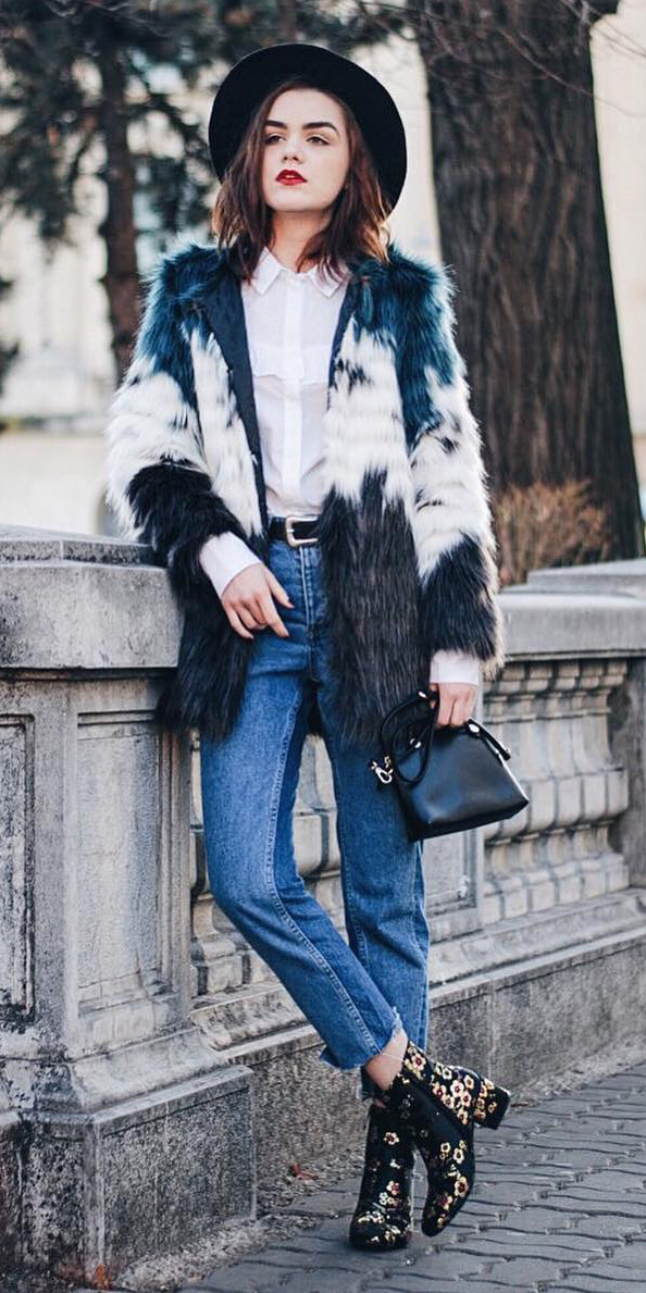 blue-med-crop-jeans-white-collared-shirt-belt-black-bag-hat-black-shoe-booties-blue-navy-jacket-coat-fur-fuzz-fall-winter-hairr-lunch.jpg