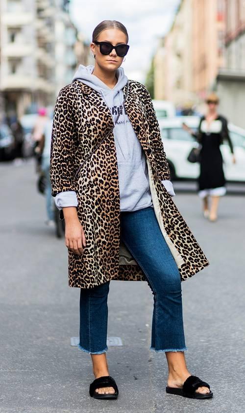 blue-navy-crop-jeans-grayl-sweater-sweatshirt-hoodie-tan-jacket-coat-leopard-print-blonde-sun-bun-black-shoe-sandals-fall-winter-weekend.jpg