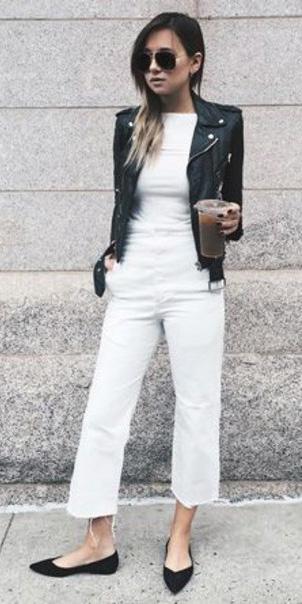 white-crop-jeans-white-tee-black-jacket-moto-sun-black-shoe-flats-fall-winter-hairr-lunch.jpg