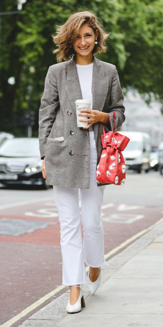 white-crop-jeans-white-tee-red-bag-white-shoe-pumps-earrings-grayl-jacket-blazer-boyfriend-spring-summer-hairr-work.jpg
