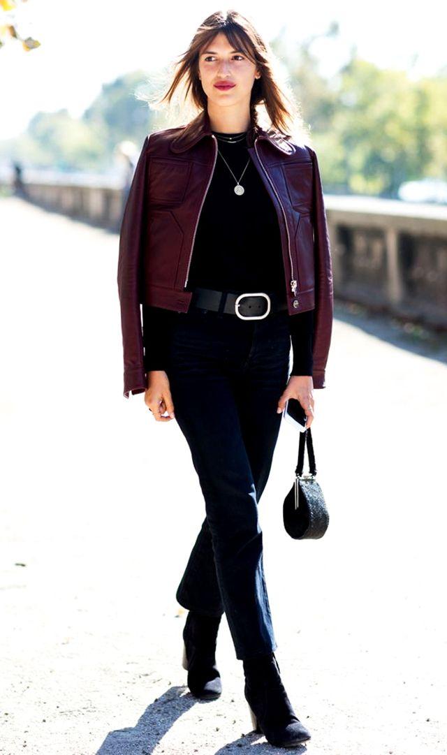 black-crop-jeans-belt-black-tee-burgundy-jacket-moto-brun-black-bag-black-shoe-booties-tonal-fall-winter-lunch.jpg