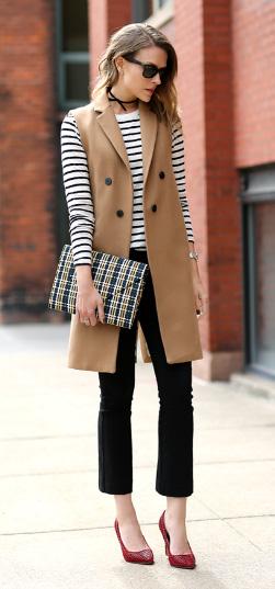 black-crop-jeans-black-tee-stripe-camel-vest-tailor-choker-red-shoe-pumps-hairr-fall-winter-dinner.jpg