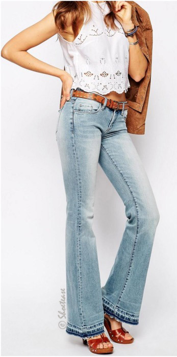 blue-light-flare-jeans-white-top-belt-cognac-shoe-sandalh-camel-jacket-suede-wear-fashion-style-spring-summer-lace-lunch.jpg
