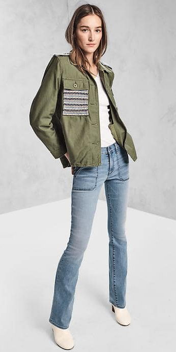 blue-light-flare-jeans-white-tee-green-olive-jacket-utility-white-shoe-booties-hairr-howtowear-fashion-style-outfit-spring-summer-gap-17spring-weekend.jpg