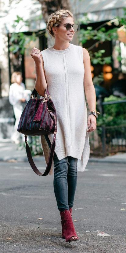 blue-navy-skinny-jeans-white-sweater-sleeveless-red-shoe-booties-burgundy-bag-blonde-sun-braid-fall-winter-lunch.jpg