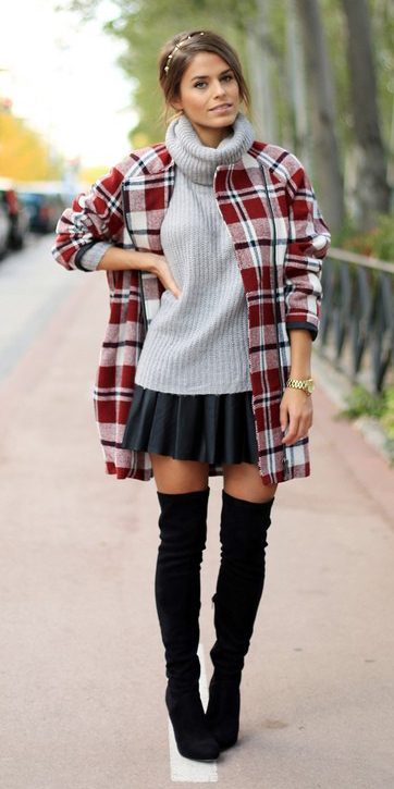black-mini-skirt-grayl-sweater-sleeveless-red-jacket-coat-plaid-print-hairr-black-shoe-boots-otk-fall-winter-lunch.jpeg