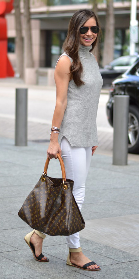 white-skinny-jeans-grayl-sweater-sleeveless-brown-bag-tote-hairr-sun-black-shoe-sandals-spring-summer-weekend.jpg