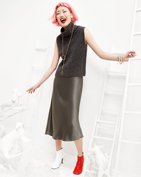 grayd-midi-skirt-grayd-sweater-sleeveless-necklace-pend-white-shoe-booties-pinkhair-bob-fall-winter-dinner.jpg