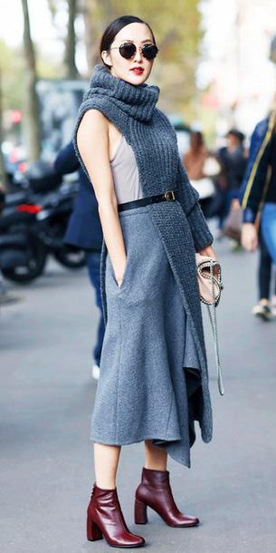 grayl-midi-skirt-grayd-sweater-sleeveless-turtleneck-burgundy-shoe-booties-belt-sun-bun-fall-winter-brun-lunch.jpg