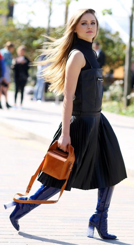 black-dress-jumper-black-sweater-sleeveless-cognac-bag-blonde-blue-shoe-boots-fall-winter-dinner.jpg