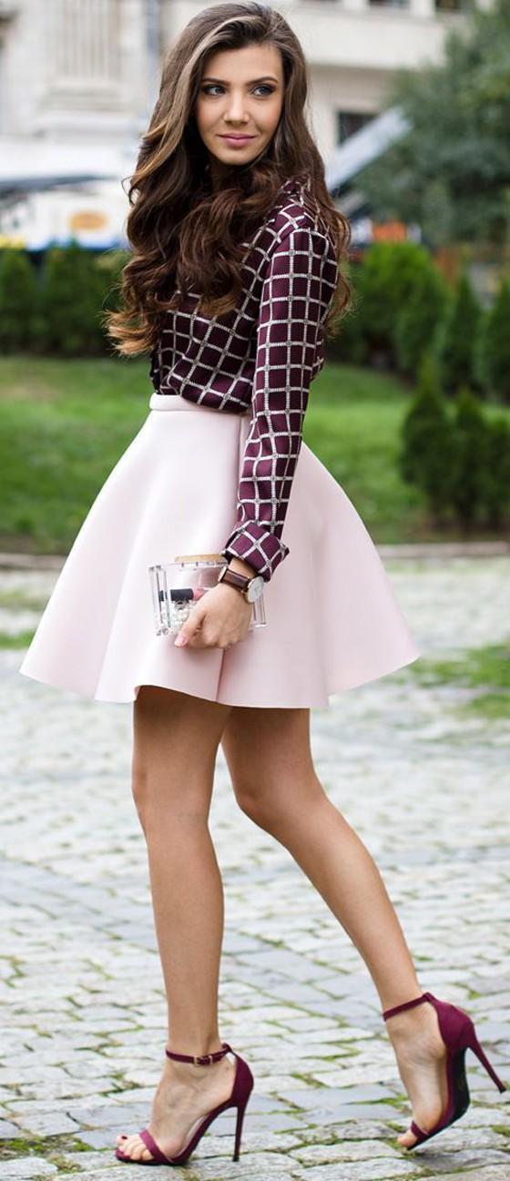 pink-light-mini-skirt-burgundy-top-blouse-print-burgundy-shoe-sandalh-fall-winter-hairr-dinner.jpg