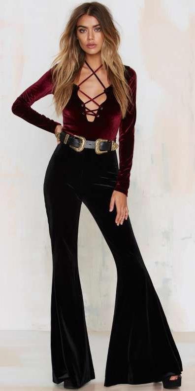 black-flare-jeans-r-burgundy-top-velvet-wear-fashion-style-fall-winter-wide-belt-black-shoe-sandalh-bodysuit-blonde-dinner.jpg