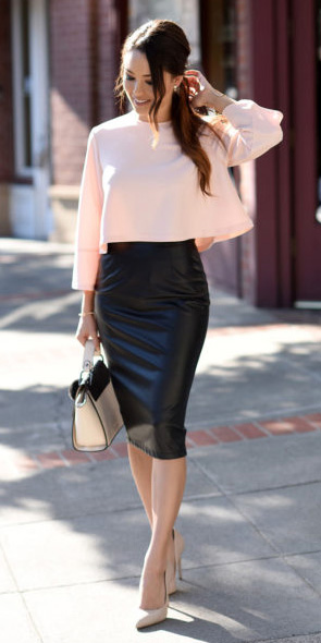 black-pencil-skirt-leather-pink-light-top-boxy-pony-tan-shoe-pumps-fall-winter-brun-dinner.jpg