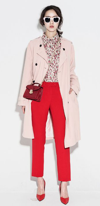 red-slim-pants-red-shoe-pumps-sun-pony-pink-light-top-blouse-floral-print-pink-light-jacket-coat-trench-fall-winter-lunch.jpg