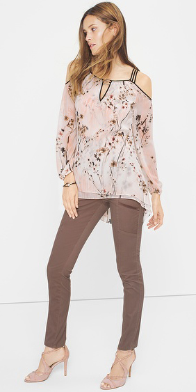 grayd-skinny-jeans-r-pink-light-top-blouse-wear-outfit-fashion-fall-winter-whitehouseblackmarket-tan-shoe-sandalh-hairr-lunch.jpg