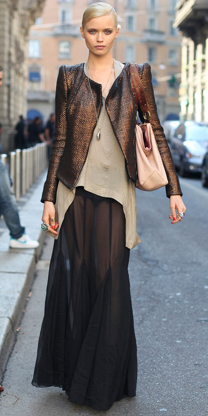 black-maxi-skirt-o-tan-top-sheer-brown-jacket-bun-tan-bag-necklace-pend-howtowear-fashion-style-outfit-fall-winter-blonde-dinner.jpg