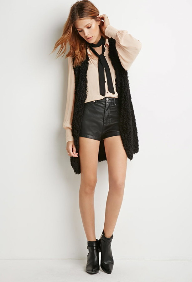 black-shorts-hairr-black-scarf-skinny-neck-tan-top-blouse-black-vest-fur-black-shoe-booties-fall-winter-lunch.jpg