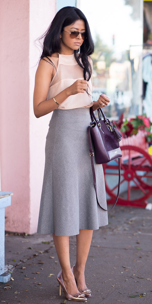 grayl-midi-skirt-peach-top-purple-bag-sun-pink-shoe-pumps-spring-summer-brun-dinner.jpg