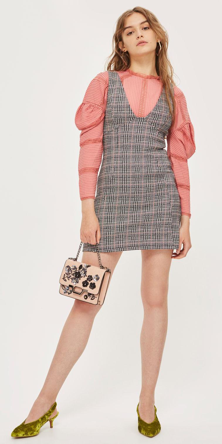 grayl-dress-jumper-plaid-peach-top-blouse-blonde-hoops-peach-bag-green-shoe-pumps-velvet-fall-winter-dinner.jpg