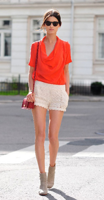 white-shorts-orange-top-blouse-lace-tan-shoe-booties-red-bag-bun-sun-howtowear-fashion-style-outfit-spring-summer-brun-lunch.jpg