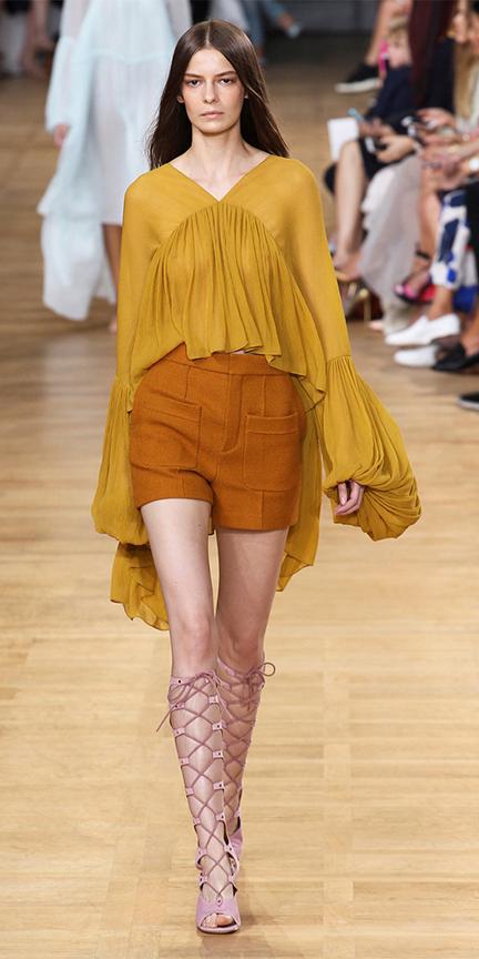 camel-shorts-yellow-top-blouse-peasant-bellsleeves-pink-shoe-sandalh-gladiators-spring-summer-hairr-lunch.jpg