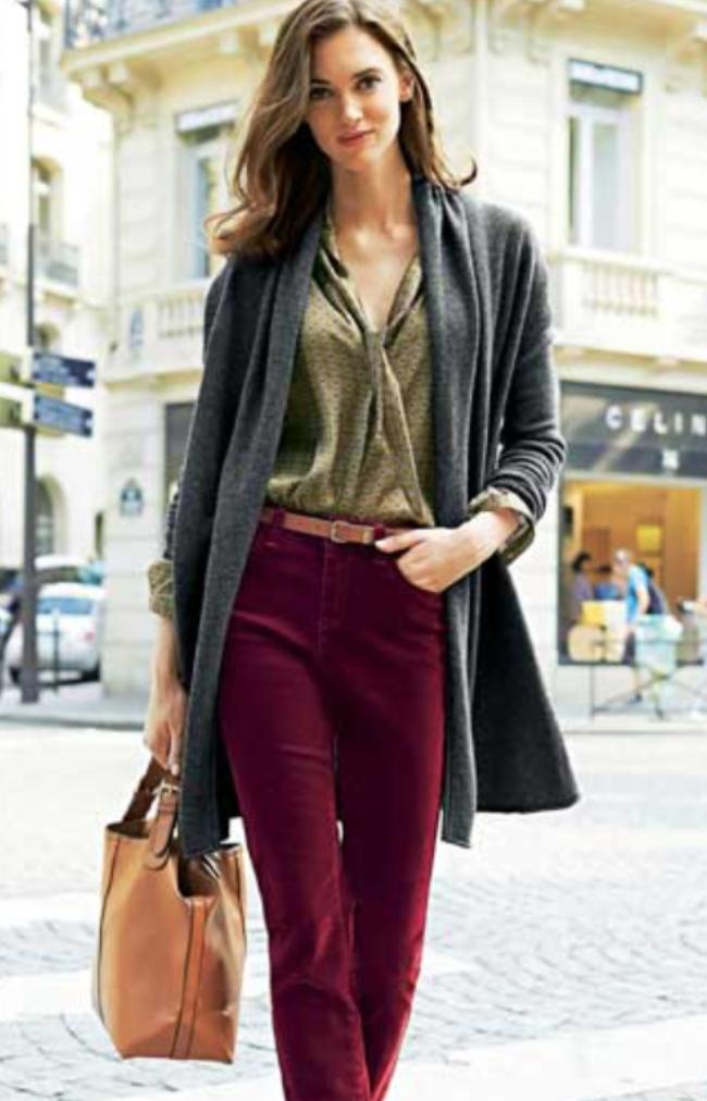 r-burgundy-flare-jeans-green-olive-top-blouse-grayd-cardiganl-cognac-bag-belt-wear-fashion-style-fall-winter-office-hairr-work.jpg