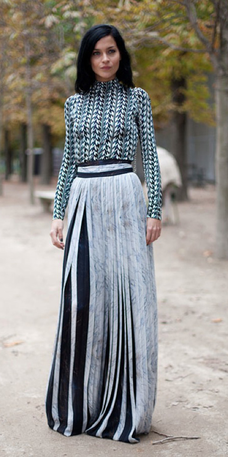 green-dark-top-print-brun-lob-mixprint-vertical-stripe-white-maxi-skirt-fall-winter-dinner.jpg
