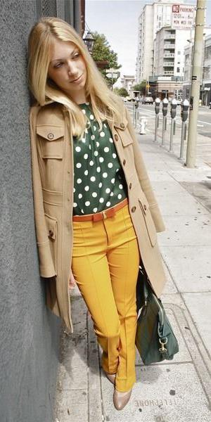 yellow-wideleg-pants-green-dark-top-blouse-dot-print-tan-jacket-coat-blonde-green-bag-tan-shoe-pumps-fall-winter-lunch.jpg
