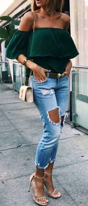 blue-light-skinny-jeans-green-dark-top-offshoulder-belt-white-bag-tan-shoe-sandalh-choker-howtowear-fashion-style-spring-summer-outfit-hairr-lunch.jpg