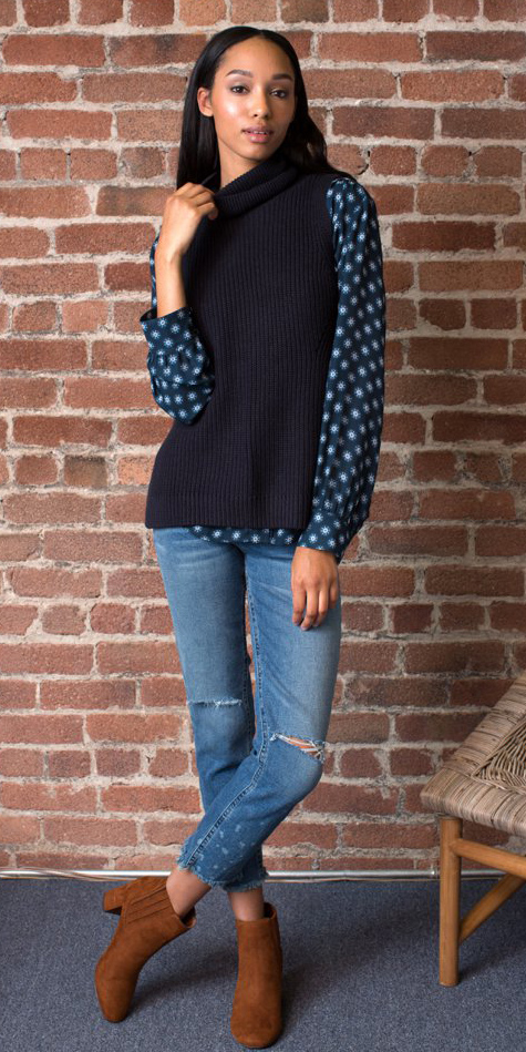 blue-med-skinny-jeans-blue-navy-top-blouse-blue-navy-sweater-sleeveless-fall-winter-print-cognac-shoe-booties-rip-brun-lunch.jpg