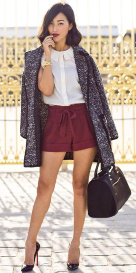 r-burgundy-shorts-white-top-blouse-howtowear-fashion-style-outfit-spring-summer-black-shoe-pumps-black-bag-watch-grayd-jacket-coat-brun-dinner.jpg