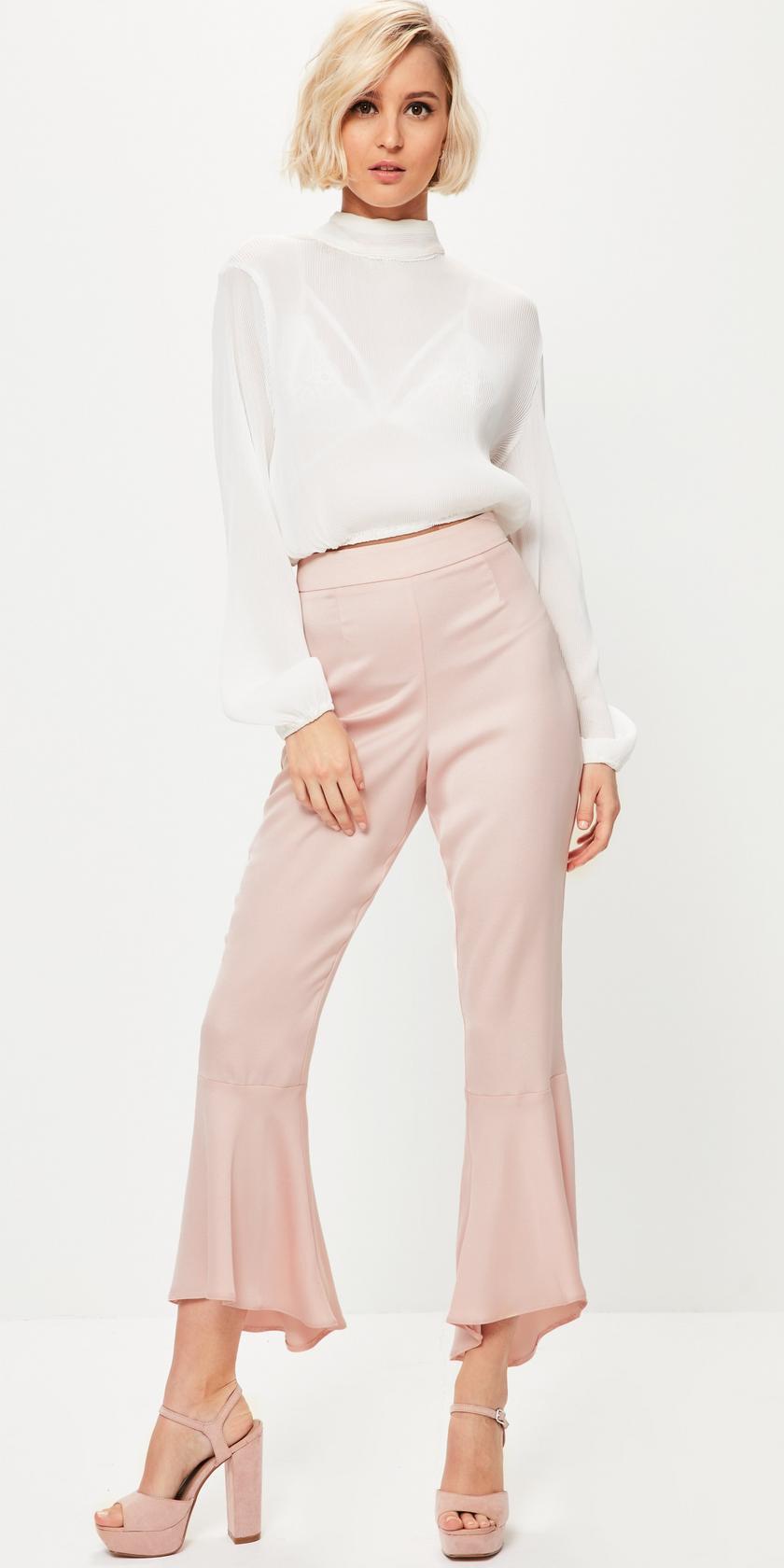 pink-light-culottes-pants-white-top-blouse-pink-shoe-sandalh-bob-spring-summer-blonde-dinner.jpg