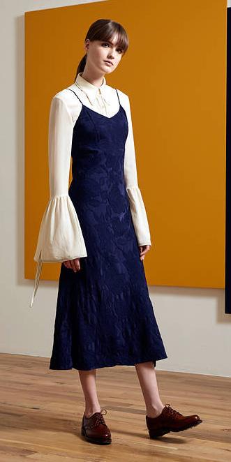 blue-navy-dress-slip-white-top-blouse-bellsleeve-pony-burgundy-shoe-brogues-howtowear-fall-winter-hairr-lunch.jpg