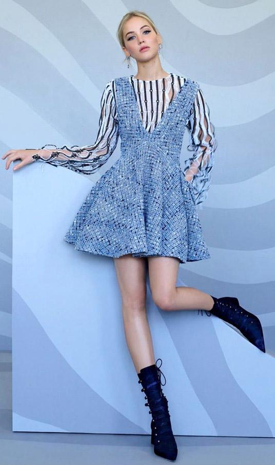 blue-light-dress-jumper-white-top-blouse-stripe-blue-navy-booties-dior-jenniferlawrence-style-spring-summer-blonde-lunch.jpg